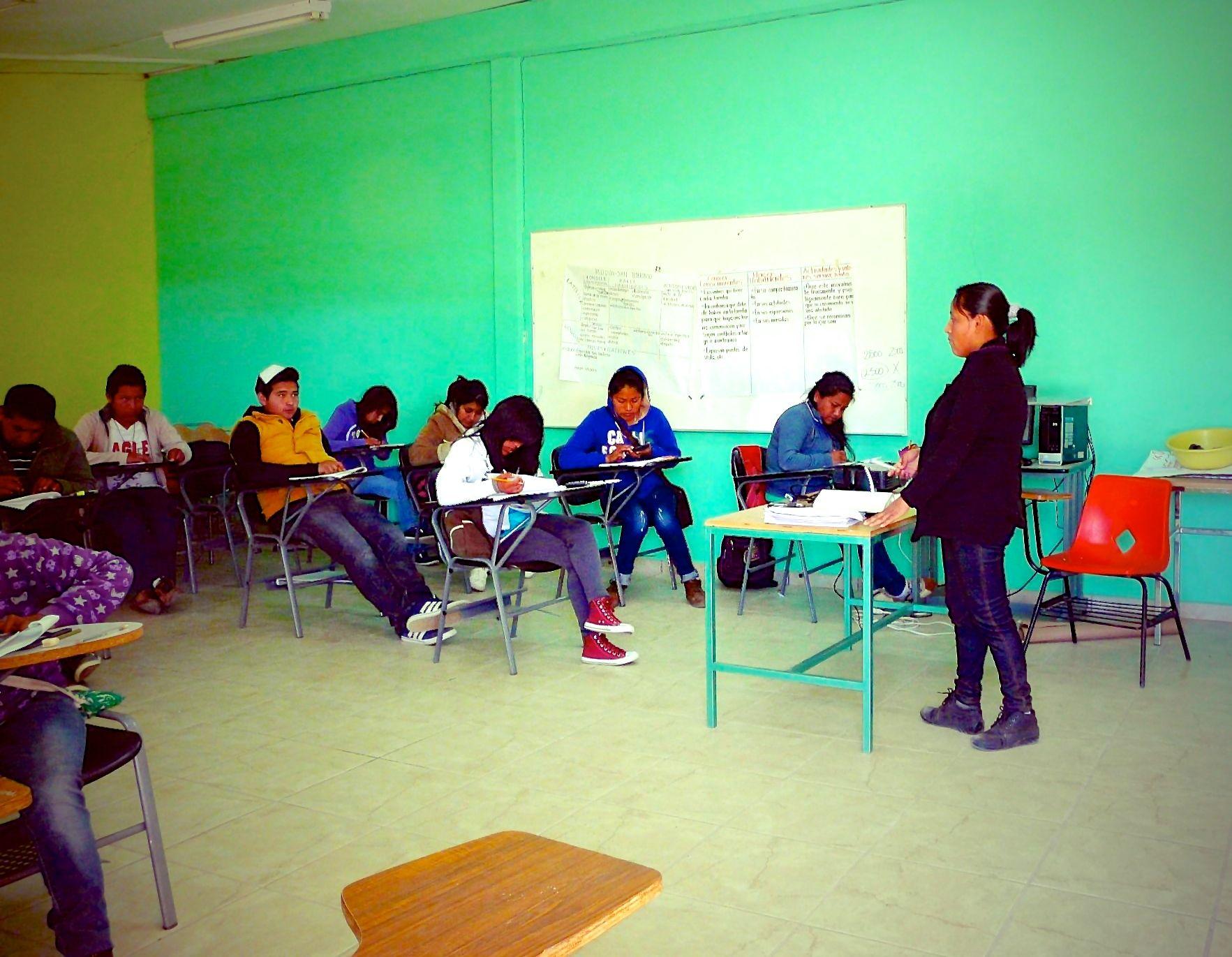Studierende beim Unterricht